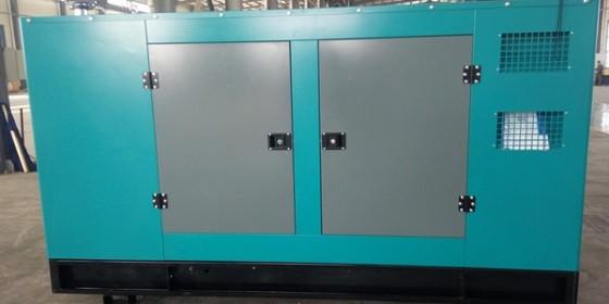 某外贸公司采购的一批潍柴静音箱发电机组满负荷试验合格、顺利发货