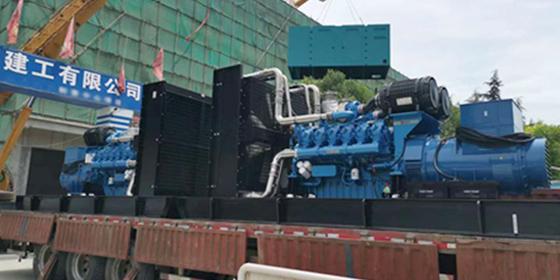 山东淄博客户在山东恒奥能源采购潍柴1000KW静音型发电机组