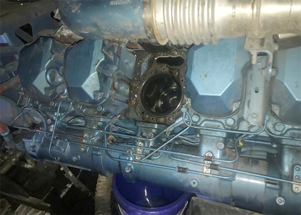 柴油发电机组漏油